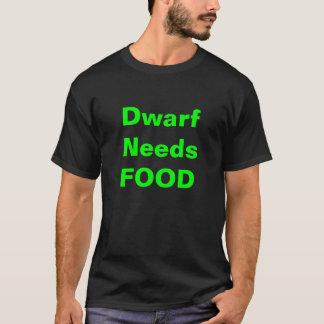 O anão precisa a camisa da comida