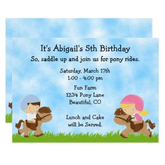 O aniversário bonito do cavalo dos meninos do ~ convite 12.7 x 17.78cm