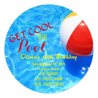 O aniversário da festa na piscina convida convite quadrado 13.35 x 13.35cm