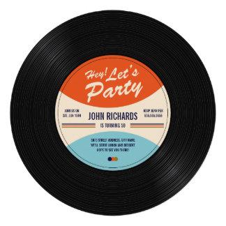 O aniversário gravado vintage convida convite personalizado