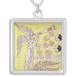 O anjo que funde a trombeta colar com pendente quadrado