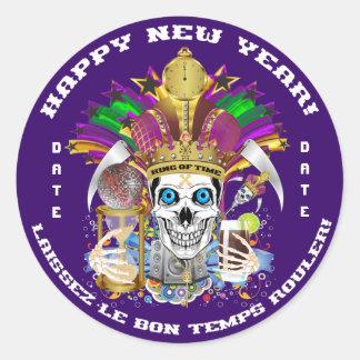 O ano novo do carnaval personaliza notas da vista adesivo redondo