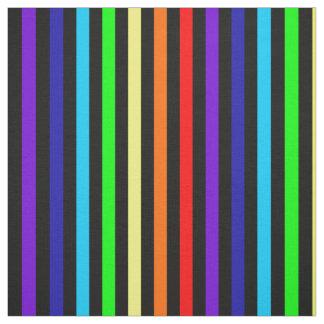 O arco-íris listra o tecido