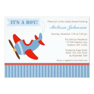 O avião listra o chá de fraldas vermelho do menino convite 12.7 x 17.78cm