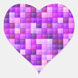 O azulejo cor-de-rosa do banheiro esquadra o teste adesivo coração