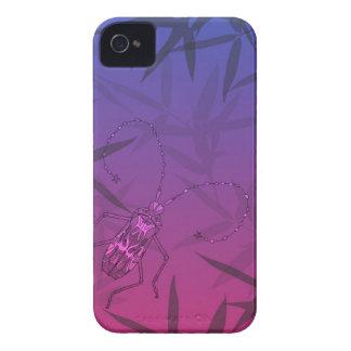O bambu do inseto sae do rosa e do teste padrão capinhas iPhone 4