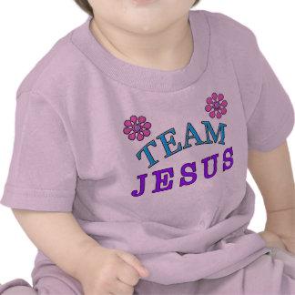 O bebê cristão de Jesus da equipe veste-se em linh T-shirts