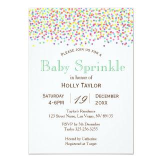 O bebê do arco-íris polvilha o convite