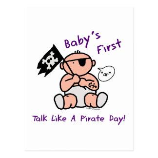 O bebê fala primeiramente como um dia do pirata cartão postal