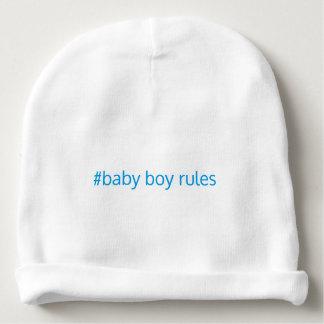O bebé ordena o beanie gorro para bebê