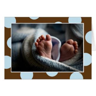 O bebê Toes o cartão