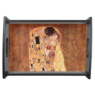 O beijo por Gustavo Klimt Bandeja