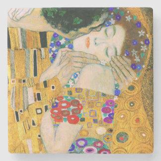 O beijo por Gustavo Klimt Porta-copos De Pedra