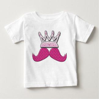 O bigode cor-de-rosa bonito impresso peroliza a camiseta para bebê
