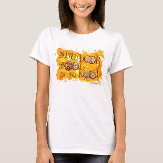 O bloco de desenho Skool é assim kool! Camiseta