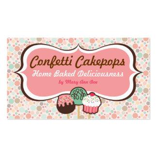 O bolo dos confetes estala cartões de visitas