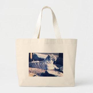 O bolsa branco do tigre