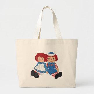 O bolsa da boneca de pano