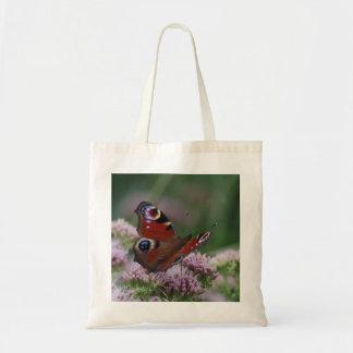 O bolsa da borboleta de pavão