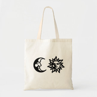 O BOLSA DA LUA DO SOL DE MOONPRIESTESSA