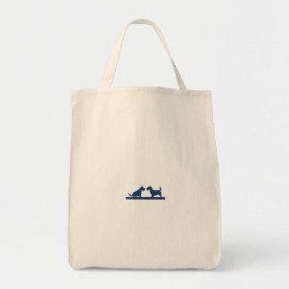 O bolsa do mantimento com terrier escoceses