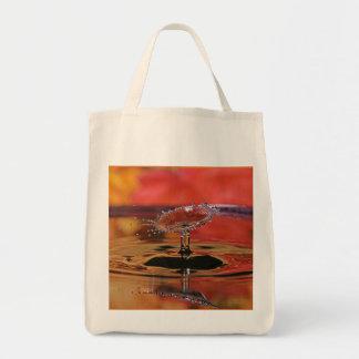 O bolsa do mantimento da gota da água da cor da
