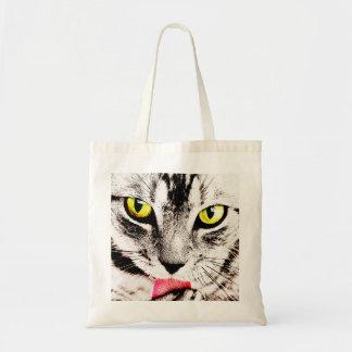 O bolsa feroz do gato de gato malhado
