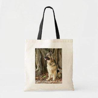 O bolsa pode guardarar toalhas, deleites do cão e