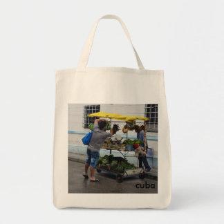 O bolsa reusável do mantimento (carro cubano do