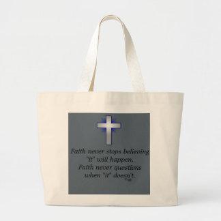 O bolsa w/Blue da fé nunca alargou-se cruz