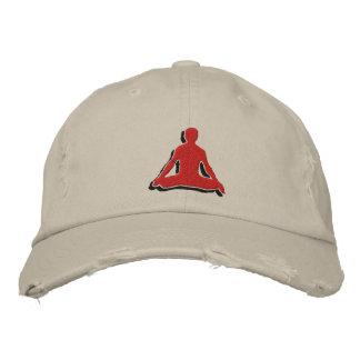 O boné bordado ioga dos homens