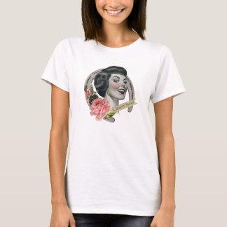 O branco da camisa do T das mulheres do bar da