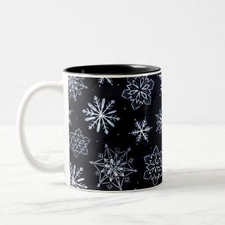 O branco Stars a caneca de café