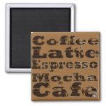 O café exprime o ímã imas de geladeira