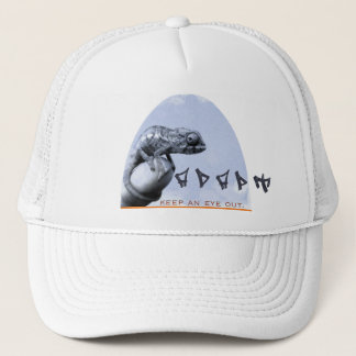 O camaleão adapta o chapéu boné