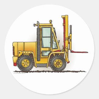 O caminhão de empilhadeira caçoa a etiqueta adesivo redondo