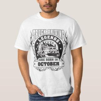 O caminhão que conduz legendas é nascido em camiseta