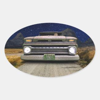 O camionete velho de Colorado brindou etiquetas