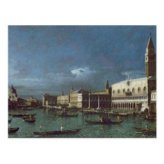 O canal grande com a igreja de Santa Maria Cartão Postal