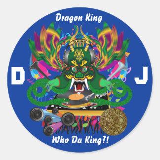 O carnaval D.J. Dragão rei vista sugere por favor Adesivo