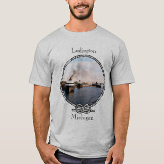 O carro/trilho de Ludington Ferries a camisa