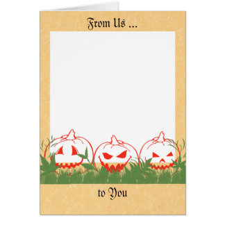 O cartão do Dia das Bruxas com abóboras, adiciona