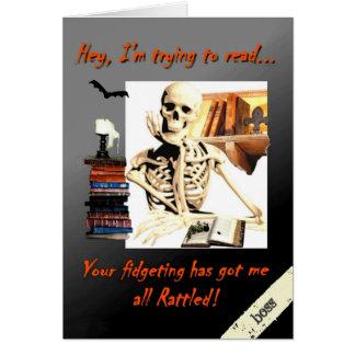 O cartão do Dia das Bruxas para o chefe, esqueleto