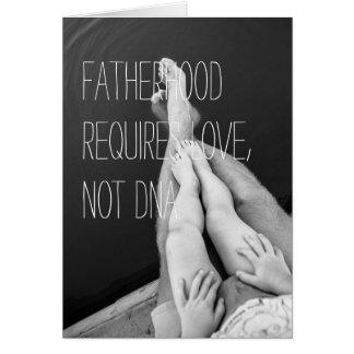 O cartão do dia dos pais, paternidade é mais