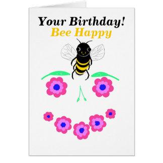 O cartão do feliz aniversario da abelha