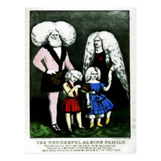 O cartão maravilhoso da família do albino