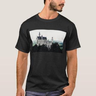 O castelo de Neuschwanstein T-shirts