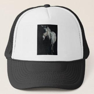O cavalo de prata nas sombras boné