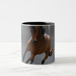 O cavalo do vaqueiro chamou Riboking Canecas
