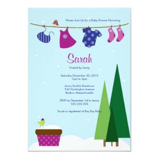 O chá do bebé do Clothesline do inverno convida Convite 12.7 X 17.78cm
